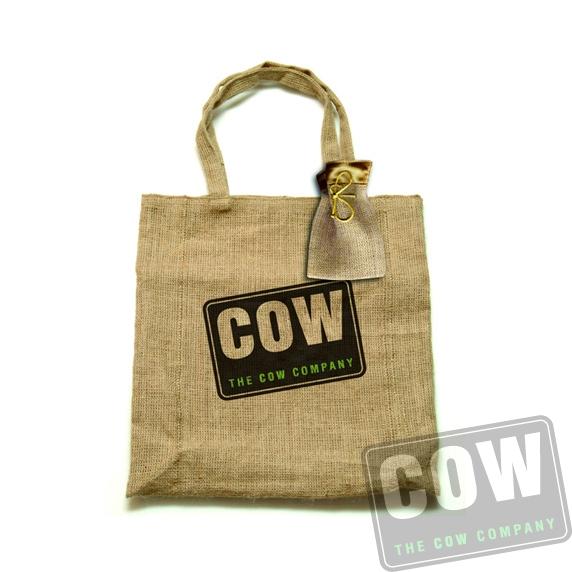 COW0253_jutetas